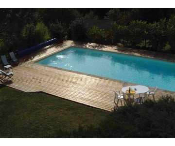 Terrasse de piscine en...