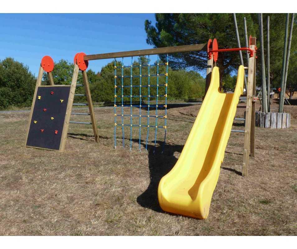 Jeux pour collectivités Combijeux avec filet vertical en cordage armé, fabriqué en France