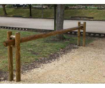 Barrière en bois coulissante par CIHB-Fabrication française. Bois certifié PEFC et traitement autoclave CTB-B+