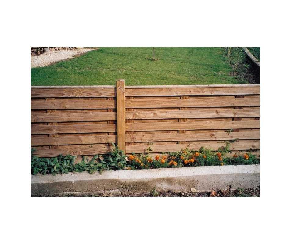 Clôture bois à panneaux fabriquée en France par CIHB-bois certifié PEFC et traitement autoclave certifié CTB-B+
